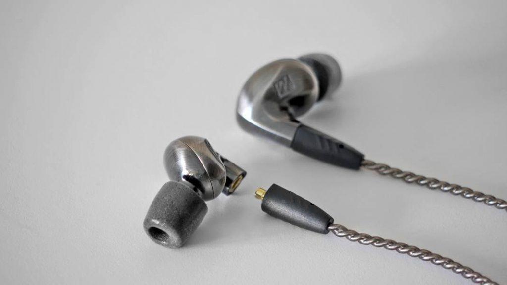 Kết quả hình ảnh cho MEE audio Pinnacle P1 review
