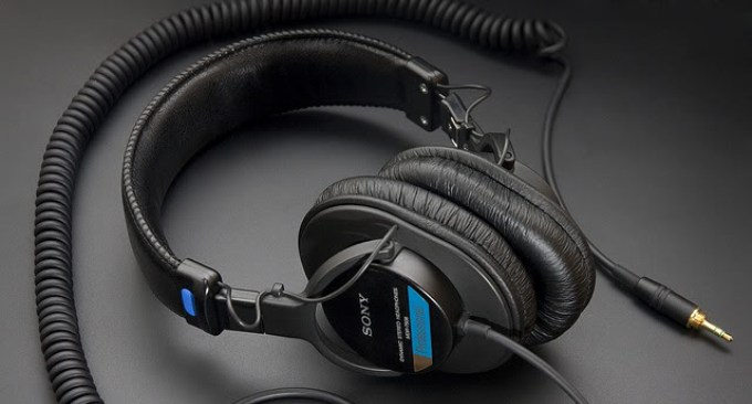 Sony-MDR-7506-Review-and-comparison
